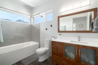 """Photo 23: 2211 CRUMPIT WOODS Drive in Squamish: Valleycliffe House for sale in """"Crumpit Woods"""" : MLS®# R2494676"""