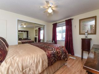 Photo 14: 18 1240 WILKINSON ROAD in COMOX: CV Comox Peninsula Manufactured Home for sale (Comox Valley)  : MLS®# 780089