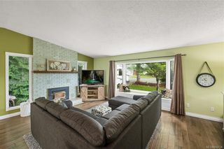 Photo 6: 2045 Wesbrook Dr in Sidney: Si Sidney North-West House for sale : MLS®# 844726