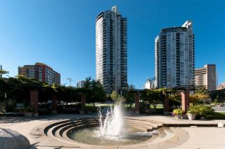 "Photo 35: 706 1199 SEYMOUR Street in Vancouver: Downtown VW Condo for sale in ""BRAVA"" (Vancouver West)  : MLS®# R2531853"