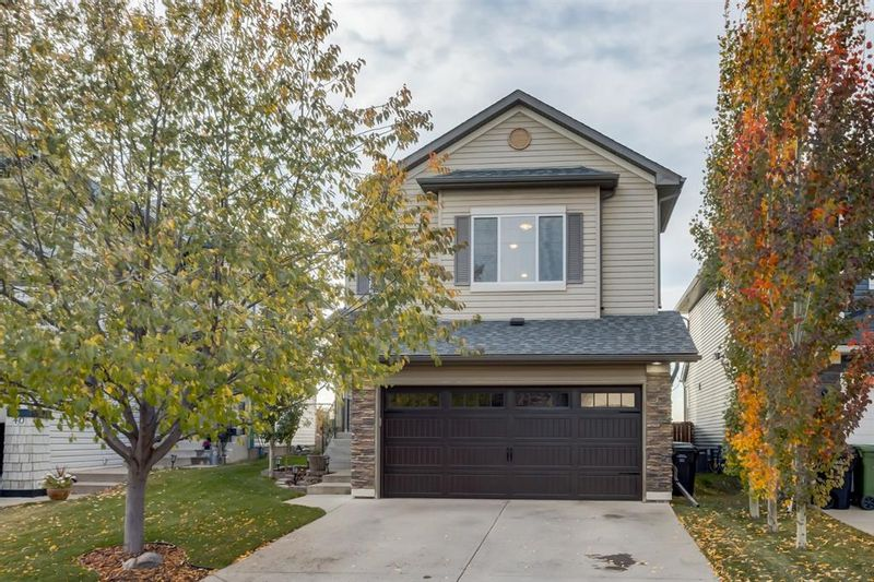 FEATURED LISTING: 44 Cranwell Crescent Southeast Calgary
