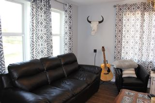 Photo 10: 5321 49 Avenue: Elk Point House for sale : MLS®# E4263313