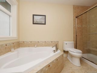 Photo 14: 2182 Stone Gate in VICTORIA: La Bear Mountain House for sale (Langford)  : MLS®# 808396