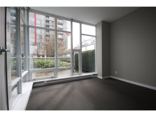 Photo 6: 688 CITADEL PARADE in Vancouver: Downtown VW Townhouse for sale (Vancouver West)  : MLS®# V1047905