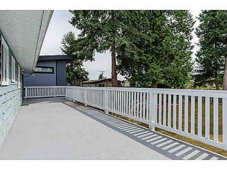 "Photo 17: 15970 N BLUFF Road: White Rock House for sale in ""White Rock"" (South Surrey White Rock)  : MLS®# F1450354"