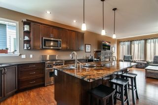Photo 2: 676 Nodales Dr in : CR Willow Point House for sale (Campbell River)  : MLS®# 879967