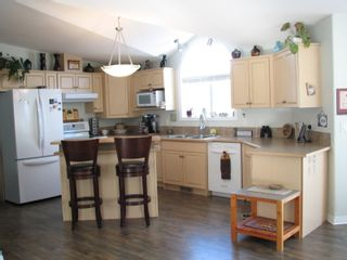 Photo 14: 68 1510 Tans Can Hwy: Sorrento Manufactured Home for sale (Shuswap)  : MLS®# 10225678