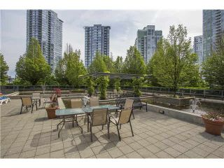 """Photo 15: 508 1009 EXPO Boulevard in Vancouver: Yaletown Condo for sale in """"Landmark 33"""" (Vancouver West)  : MLS®# R2022624"""