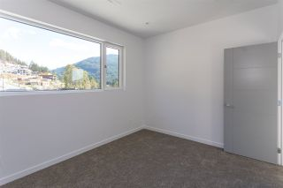 """Photo 15: 2186 WINDSAIL Place in Squamish: Plateau House for sale in """"Crumpit Woods"""" : MLS®# R2201089"""