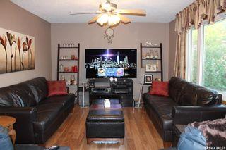 Photo 2: 409 Henry Street in Estevan: Hillside Residential for sale : MLS®# SK855940