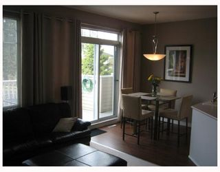 """Photo 6: 7500 CUMBERLAND Street in Burnaby: The Crest Townhouse for sale in """"WILDFLOWER"""" (Burnaby East)  : MLS®# V640557"""