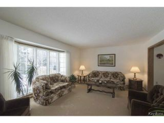 Photo 4: 209 TERRANCE Place in WINNIPEG: Birdshill Area Residential for sale (North East Winnipeg)  : MLS®# 1507760