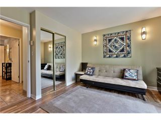 "Photo 12: 303 5626 LARCH Street in Vancouver: Kerrisdale Condo for sale in ""WILSON HOUSE"" (Vancouver West)  : MLS®# V1068775"
