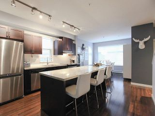 """Photo 7: 709 PREMIER Street in North Vancouver: Lynnmour Townhouse for sale in """"WEDGEWOOD"""" : MLS®# V1138675"""
