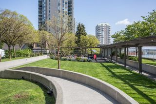 """Photo 21: 1503 39 SIXTH Street in New Westminster: Downtown NW Condo for sale in """"Quantum"""" : MLS®# R2579067"""