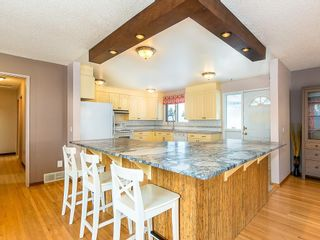 Photo 7: 5115 BULYEA Road NW in Calgary: Brentwood Detached for sale : MLS®# C4278315