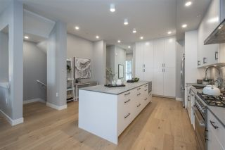 Photo 6: 4682 CAPILANO ROAD in North Vancouver: Canyon Heights NV Townhouse for sale : MLS®# R2535443