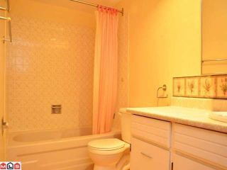 """Photo 9: 204 1320 FIR Street: White Rock Condo for sale in """"THE WILLOWS"""" (South Surrey White Rock)  : MLS®# F1129368"""
