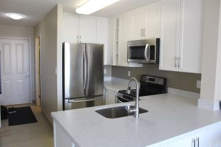 """Photo 9: 705 3520 CROWLEY Drive in Vancouver: Collingwood VE Condo for sale in """"THE MILLENIO"""" (Vancouver East)  : MLS®# R2446146"""