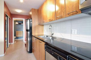 """Photo 8: 1808 1155 SEYMOUR Street in Vancouver: Downtown VW Condo for sale in """"THE BRAVA"""" (Vancouver West)  : MLS®# R2541417"""