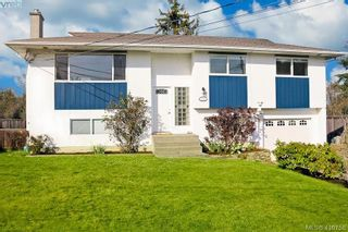 Photo 1: 2092 Airedale Pl in SIDNEY: Si Sidney North-West House for sale (Sidney)  : MLS®# 814296