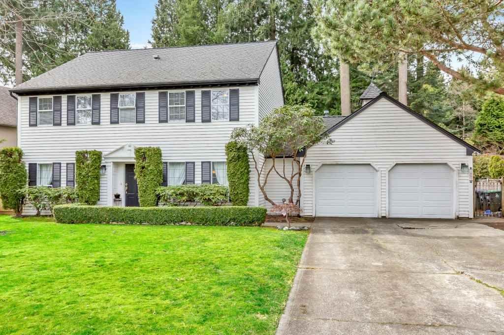 "Main Photo: 1887 AMBLE GREENE Drive in Surrey: Crescent Bch Ocean Pk. House for sale in ""Amble Greene"" (South Surrey White Rock)  : MLS®# R2542872"