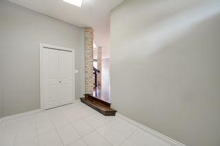 Photo 2: 6161 MAYNARD Crescent in Edmonton: Zone 14 House for sale : MLS®# E4259814