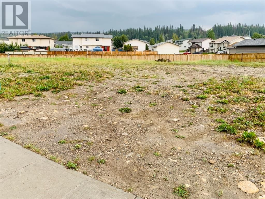 Main Photo: 115  Cache Percotte  Cove in Hinton: Vacant Land for sale : MLS®# A1056596