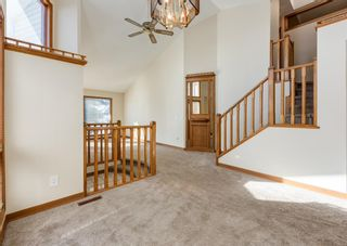 Photo 11: 147 Scenic Cove Circle NW in Calgary: Scenic Acres Detached for sale : MLS®# A1073490