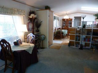 """Photo 6: 26 24330 FRASER Highway in Langley: Otter District Manufactured Home for sale in """"LANGLEY GROVE ESTATES"""" : MLS®# R2264005"""