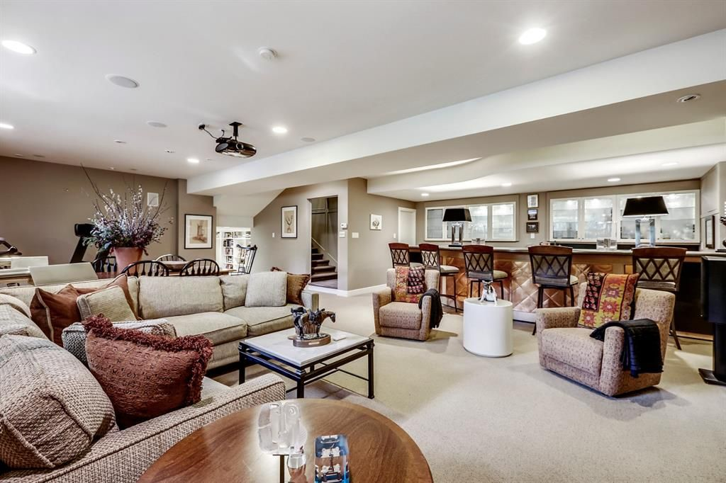 Photo 36: Photos: 2207 Amherst Street SW in Calgary: Upper Mount Royal Detached for sale : MLS®# A1062156