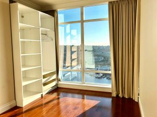 "Photo 7: 2601 428 BEACH Crescent in Vancouver: Yaletown Condo for sale in ""KINGS LANDING"" (Vancouver West)  : MLS®# R2575772"