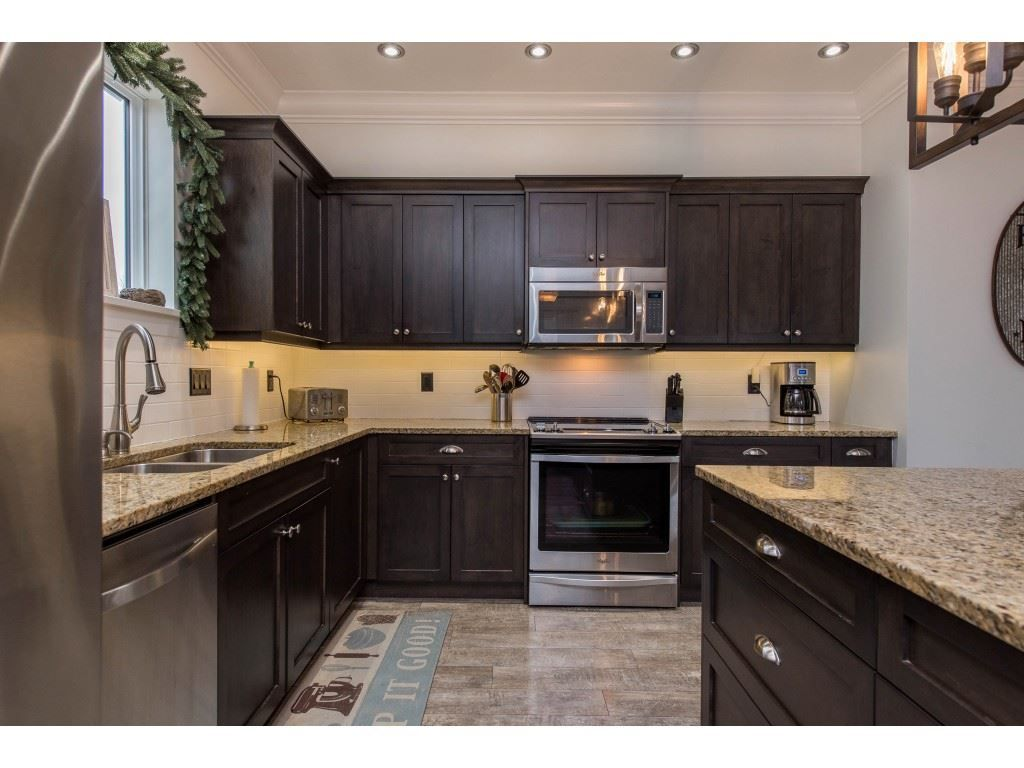 Photo 11: Photos: 16 44849 ANGLERS Boulevard in Chilliwack: Vedder S Watson-Promontory Townhouse for sale (Sardis)  : MLS®# R2536060