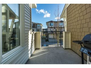 "Photo 16: 134 19433 68 Avenue in Surrey: Clayton Townhouse for sale in ""The Grove"" (Cloverdale)  : MLS®# R2248020"
