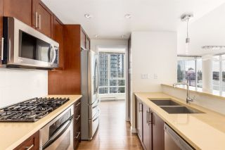 Photo 4: 1006 980 COOPERAGE WAY in Vancouver: Yaletown Condo for sale (Vancouver West)  : MLS®# R2488993