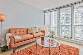 """Photo 3: 3203 9981 WHALLEY Boulevard in Surrey: Whalley Condo for sale in """"PARKPLACE II"""" (North Surrey)  : MLS®# R2496378"""