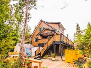 Photo 2: 635 Yew Wood Rd in : PA Tofino House for sale (Port Alberni)  : MLS®# 875485
