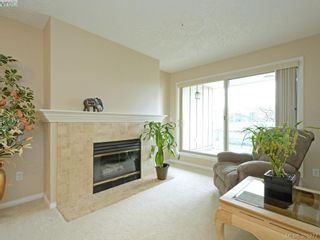 Photo 6: 206 535 Manchester Rd in VICTORIA: Vi Burnside Condo for sale (Victoria)  : MLS®# 780279