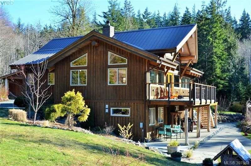 FEATURED LISTING: 10003 West Coast Rd SHIRLEY