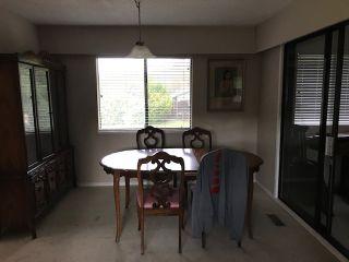 Photo 3: 25241 DEWDNEY TRUNK Road in Maple Ridge: Websters Corners House for sale : MLS®# R2414265