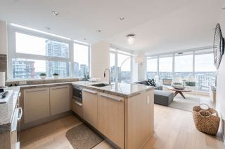 """Photo 6: 2207 1351 CONTINENTAL Street in Vancouver: Downtown VW Condo for sale in """"MADDOX"""" (Vancouver West)  : MLS®# R2040078"""