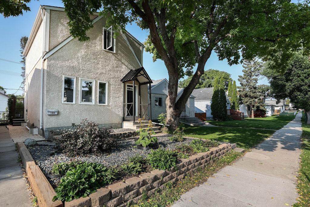 Main Photo: 160 Jefferson Avenue in Winnipeg: West Kildonan Residential for sale (4D)  : MLS®# 202121818