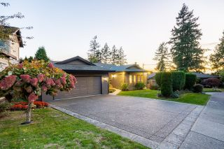 "Main Photo: 5595 FAIRLIGHT Crescent in Delta: Sunshine Hills Woods House for sale in ""Panarama Ridge"" (N. Delta)  : MLS®# R2623961"