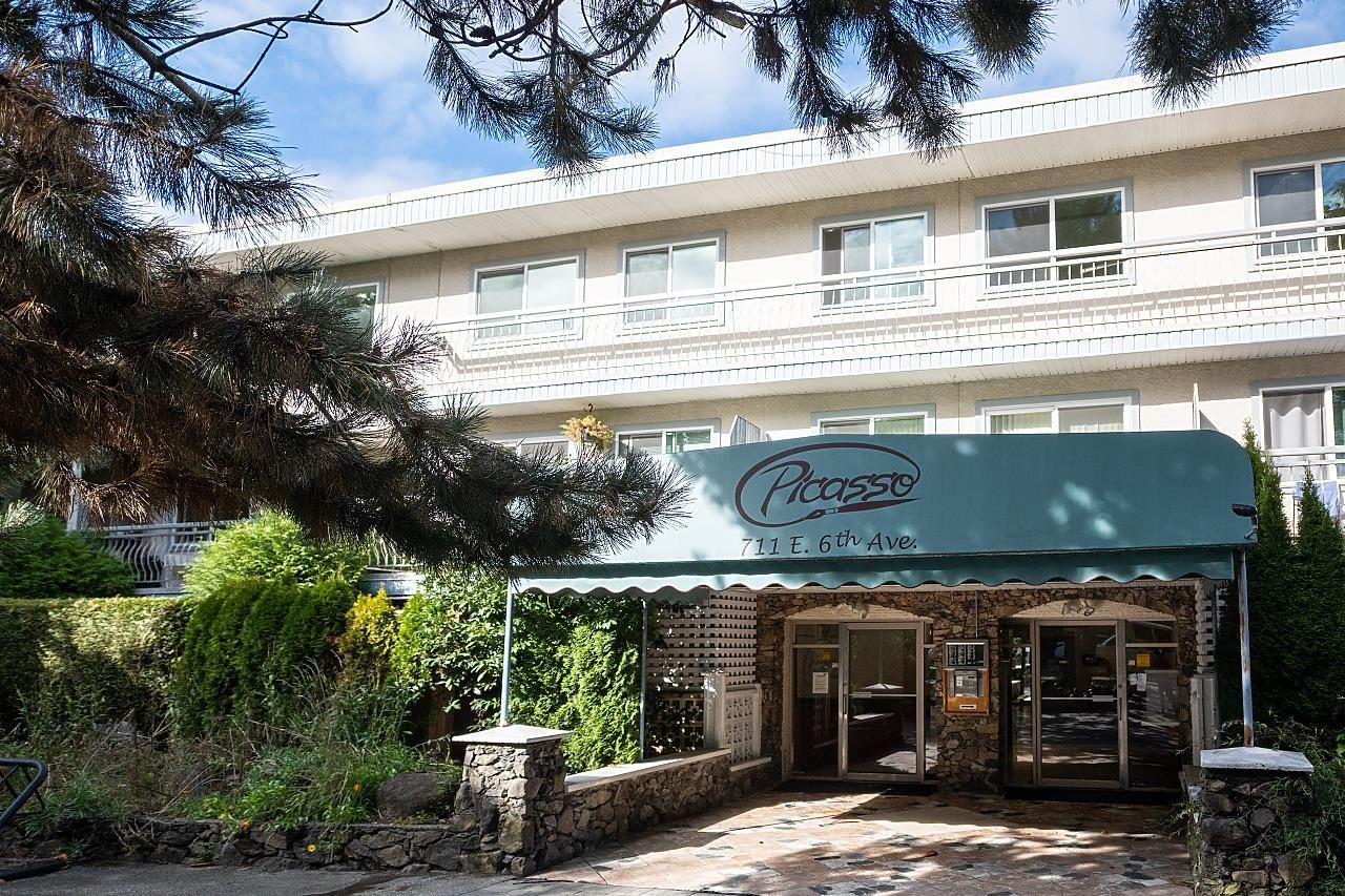 """Main Photo: 208 711 E 6TH Avenue in Vancouver: Mount Pleasant VE Condo for sale in """"The Picasso"""" (Vancouver East)  : MLS®# R2622645"""