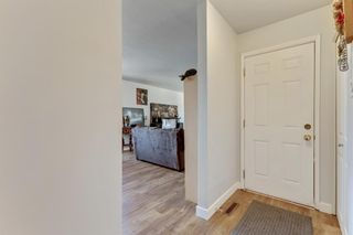 Photo 2: 1532 48 Street SE in Calgary: Forest Lawn Detached for sale : MLS®# A1138104