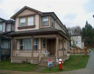 Photo 1: 24249 102 B Ave in Maple Ridge: Home for sale : MLS®# V519118