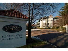 """Main Photo: 202 1725 MARTIN Drive in Surrey: Sunnyside Park Surrey Condo for sale in """"SOUTHWYND"""" (South Surrey White Rock)  : MLS®# R2163225"""