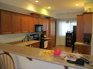 Photo 4: #3- 148 Roy Avenue in Penticton: Residential Attached for sale : MLS®# 140503