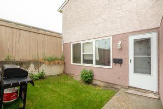 Photo 2: 9 13570 38 Street in Edmonton: Zone 35 Townhouse for sale : MLS®# E4262797