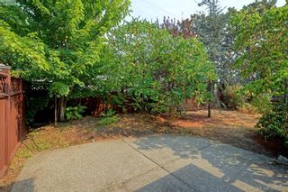 Photo 3: 100 710 Massie Dr in VICTORIA: La Langford Proper Row/Townhouse for sale (Langford)  : MLS®# 802610